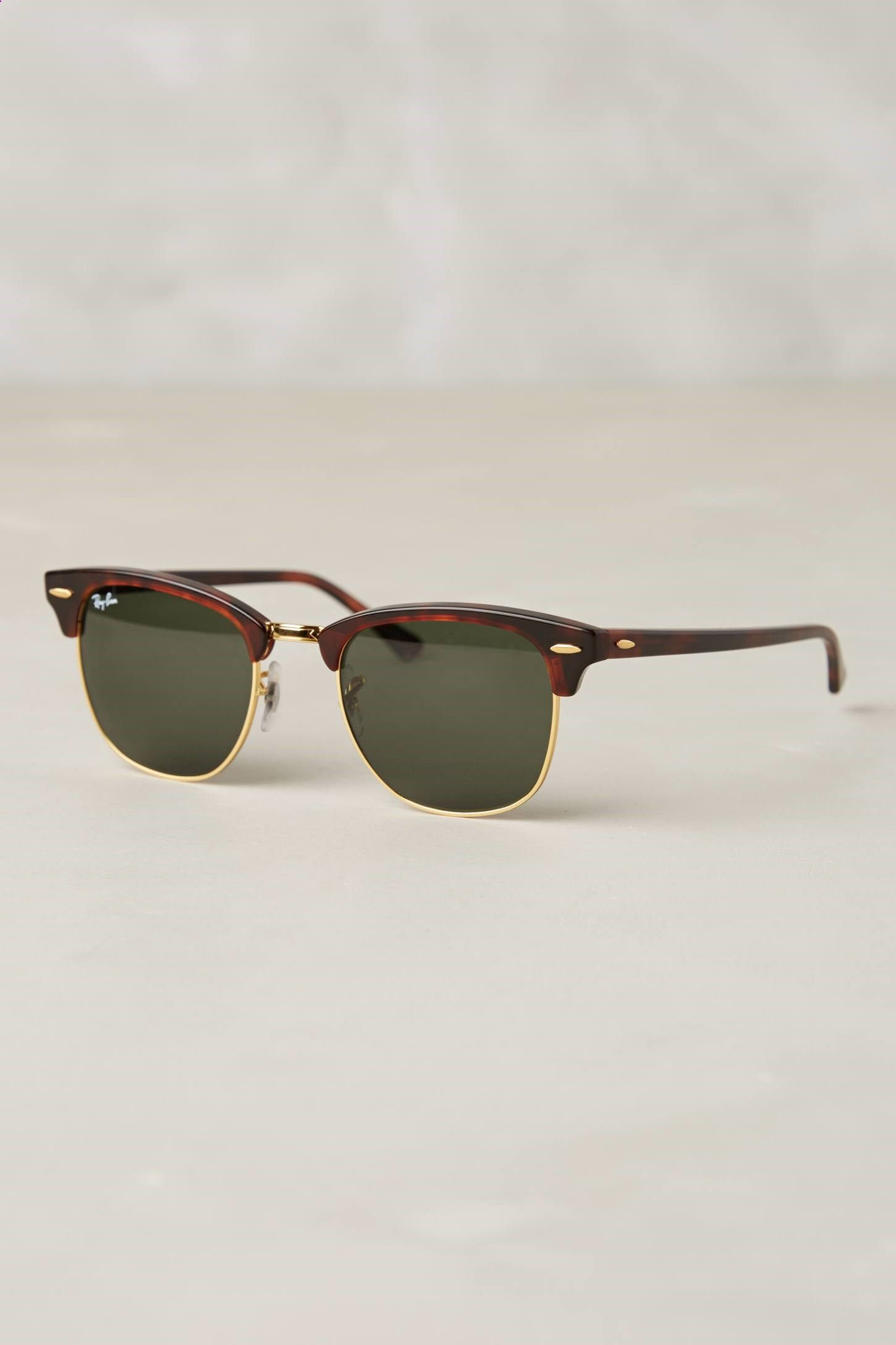 Rayban  WhatSheWants Are The Best Gift For Your Lover   street ... a6a966c64a