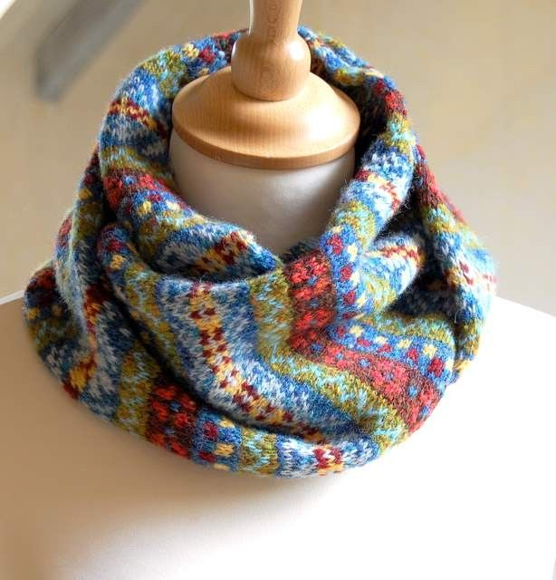 Hand Knit Fair Isle Scarf Grey Cashmere and Wool blends | Fair ...