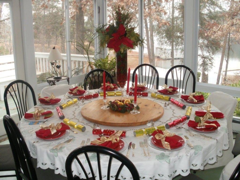 Elegant christmas table decorations idea - Meubles Obtention De Manger Remarquables Blanc Et Rouge Table Ronde De No L D Ner De Simples Round Table Decorationschristmas