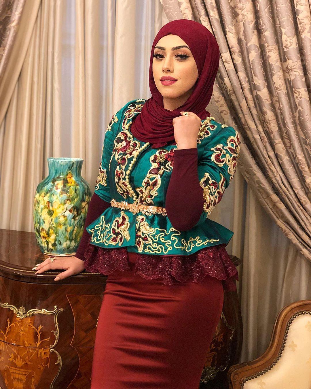 Manelhadli Aid Karakou Alerian Algeria Traditional Outfits Fashion Traditional Dresses