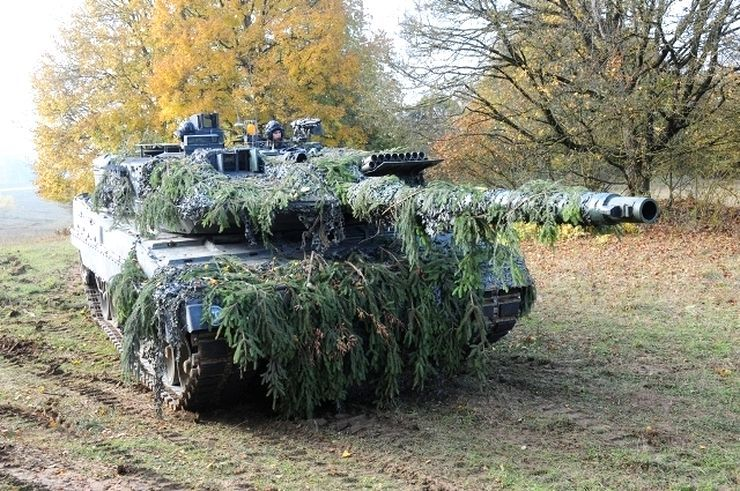 German Leopard 2A6
