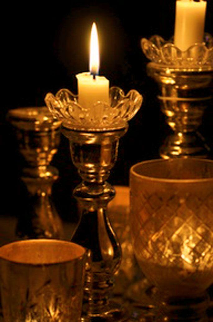 Color dorado gold vintage candles color gold dorado pinterest velas candelabros - Farolillos para velas ...