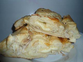 Pão pizza de frango, com muçarela