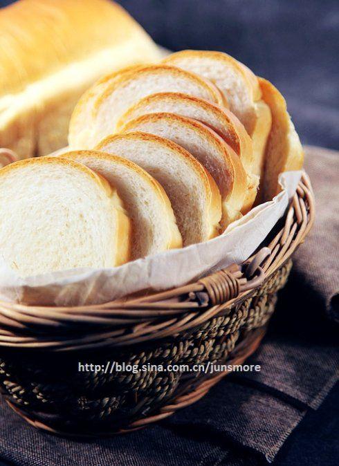 极简原料,本色美味---经典白土司(不含蛋奶)_『君之』的手工烘焙坊