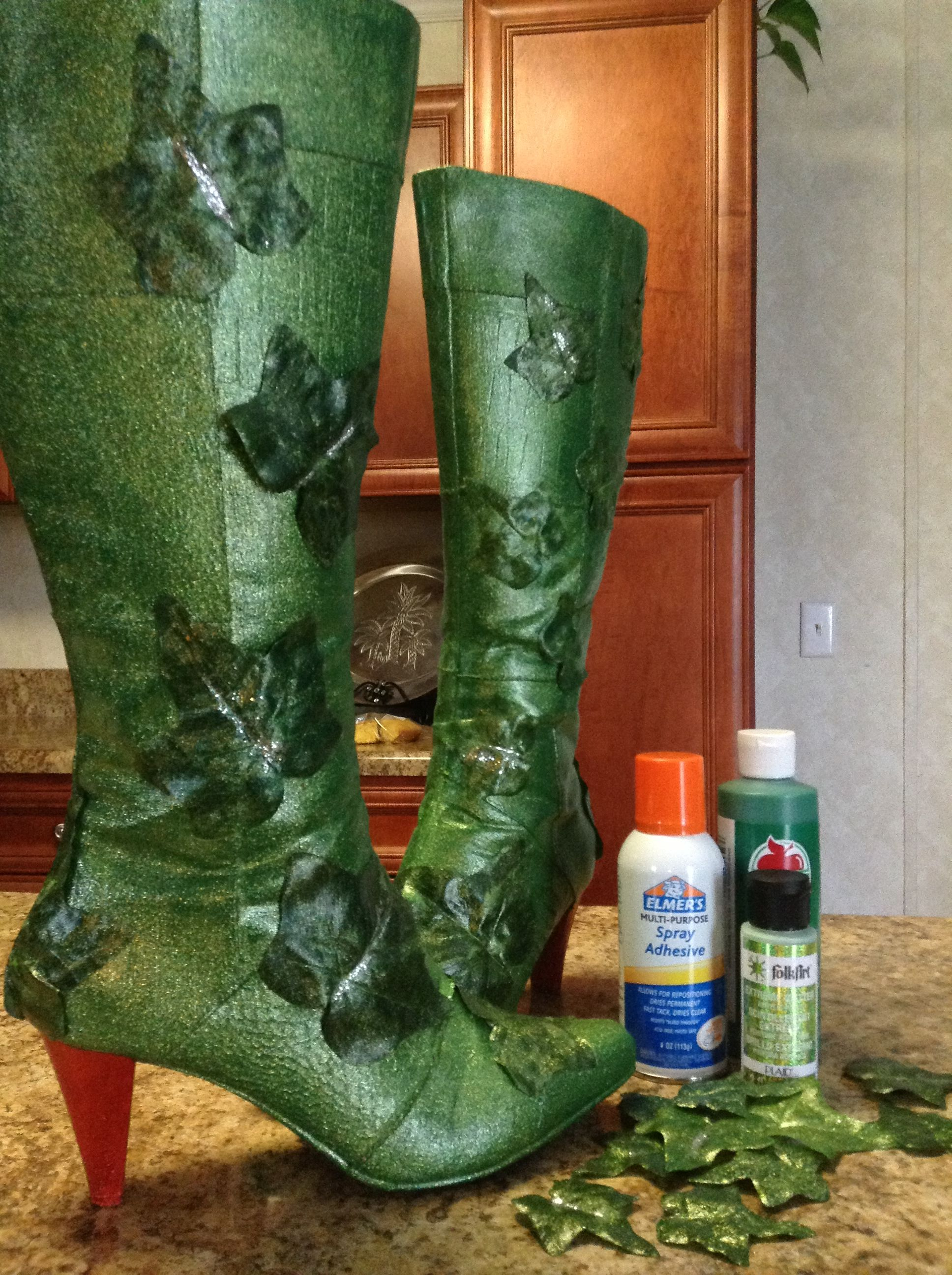 Poison ivy costume boots diy halloween pinterest poison poison ivy costume boots diy solutioingenieria Choice Image