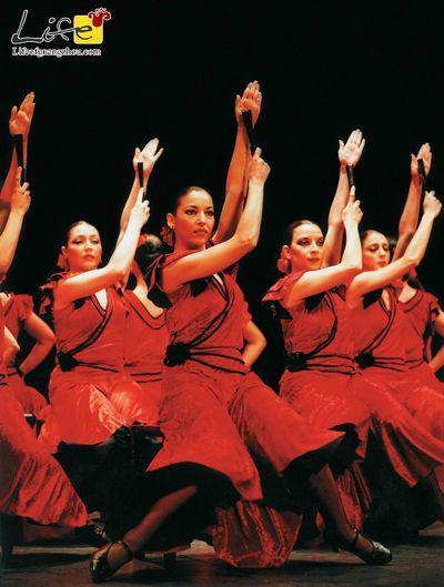 "Life of Guangzhou - Spanish Ballet Stages ""Boléro""- The Ballet Teatro Espanol de Rafael Aguilar"