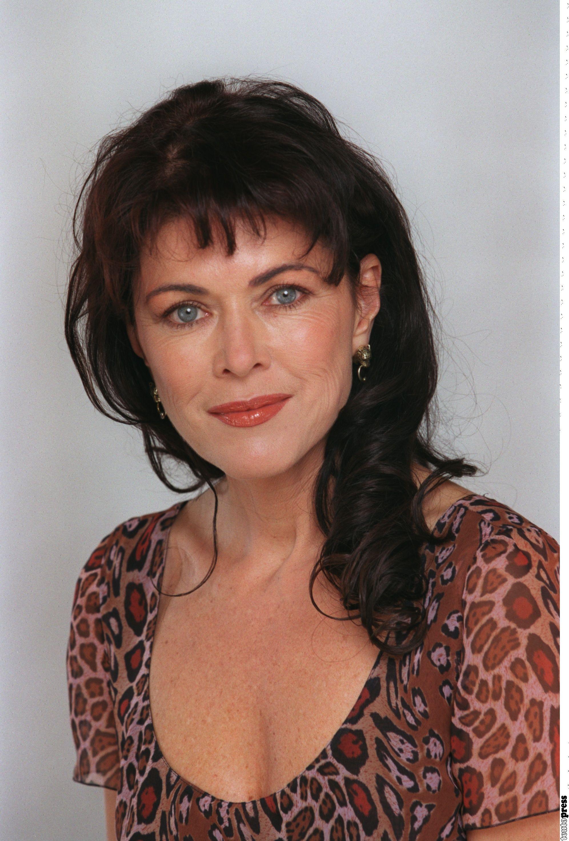 Anja Kruse (* 5. August 1956 in Essen) ist eine deutsche