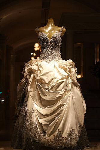 Baracci Wedding Dress New Size 6 4 500 Couture Bridal Gowns New Wedding Dresses Dresses