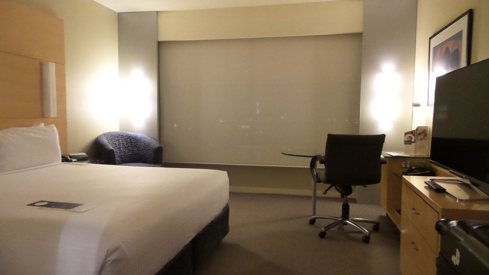 Hotel Review Of A Standard Room At The Parkroyal Melbourne Airport Australia