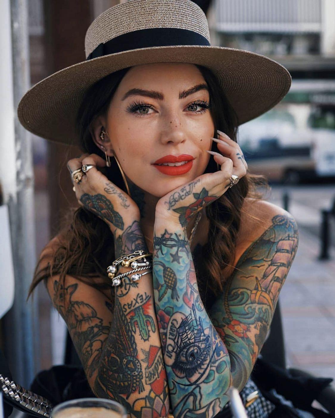 Pin by yashraj the dubal on tattoos tattooed girls
