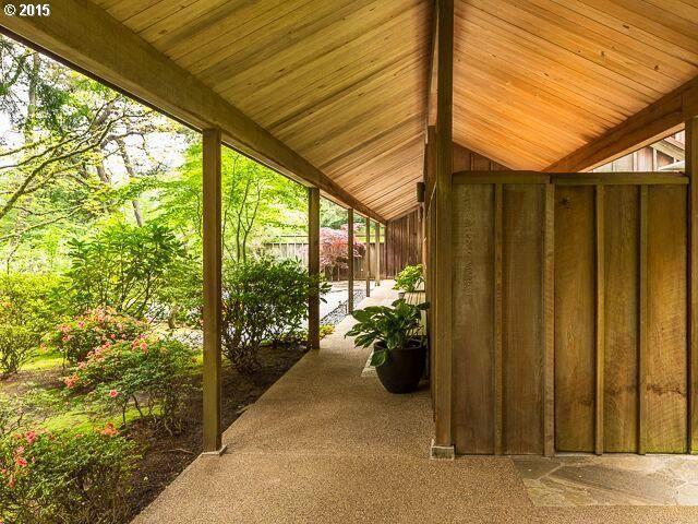 4645 Sw Fairview Blvd Portland Or 97221 Outdoor Decor Home