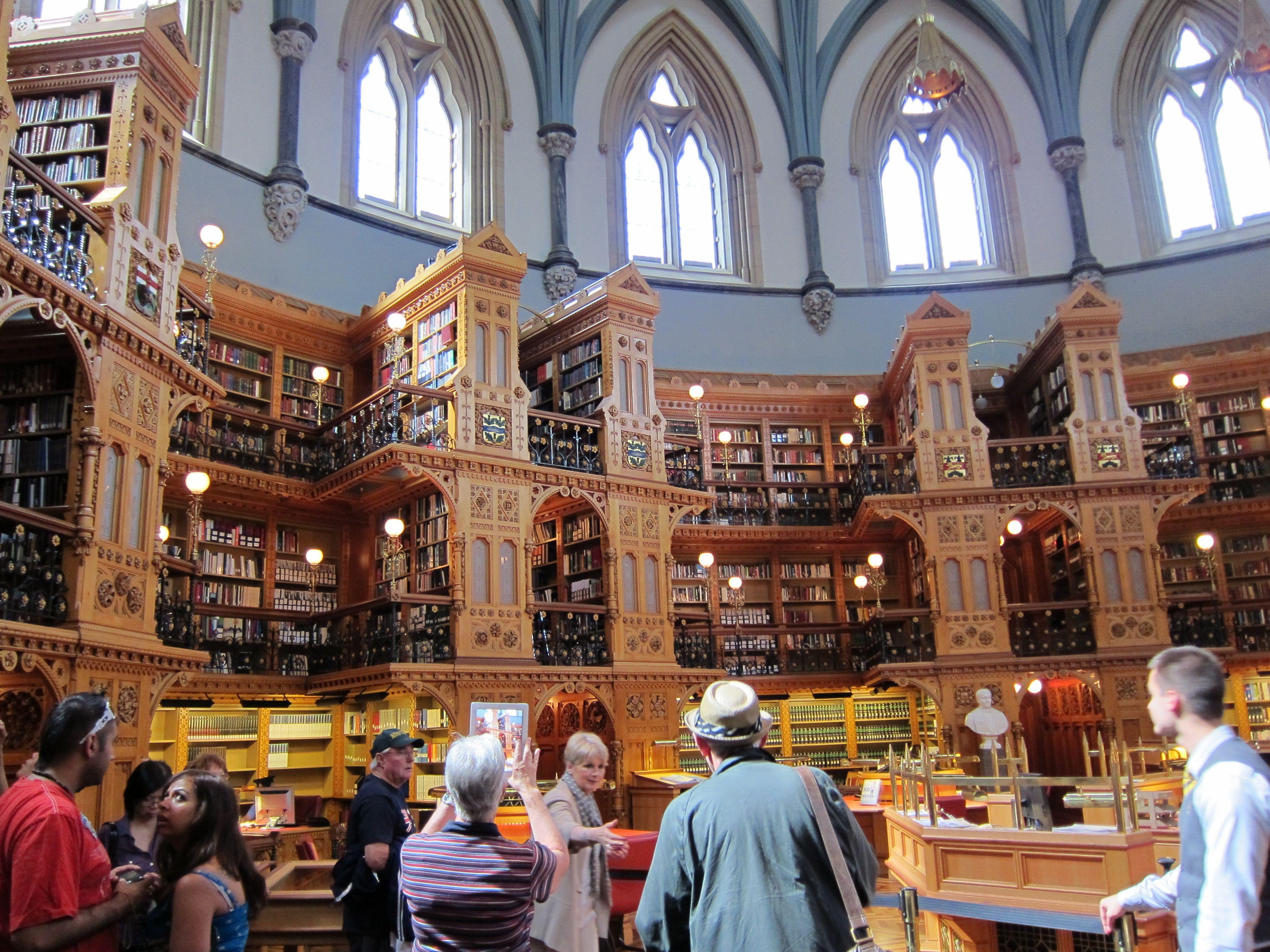 Biblioteca del Paralmento Otawa (Canadá)