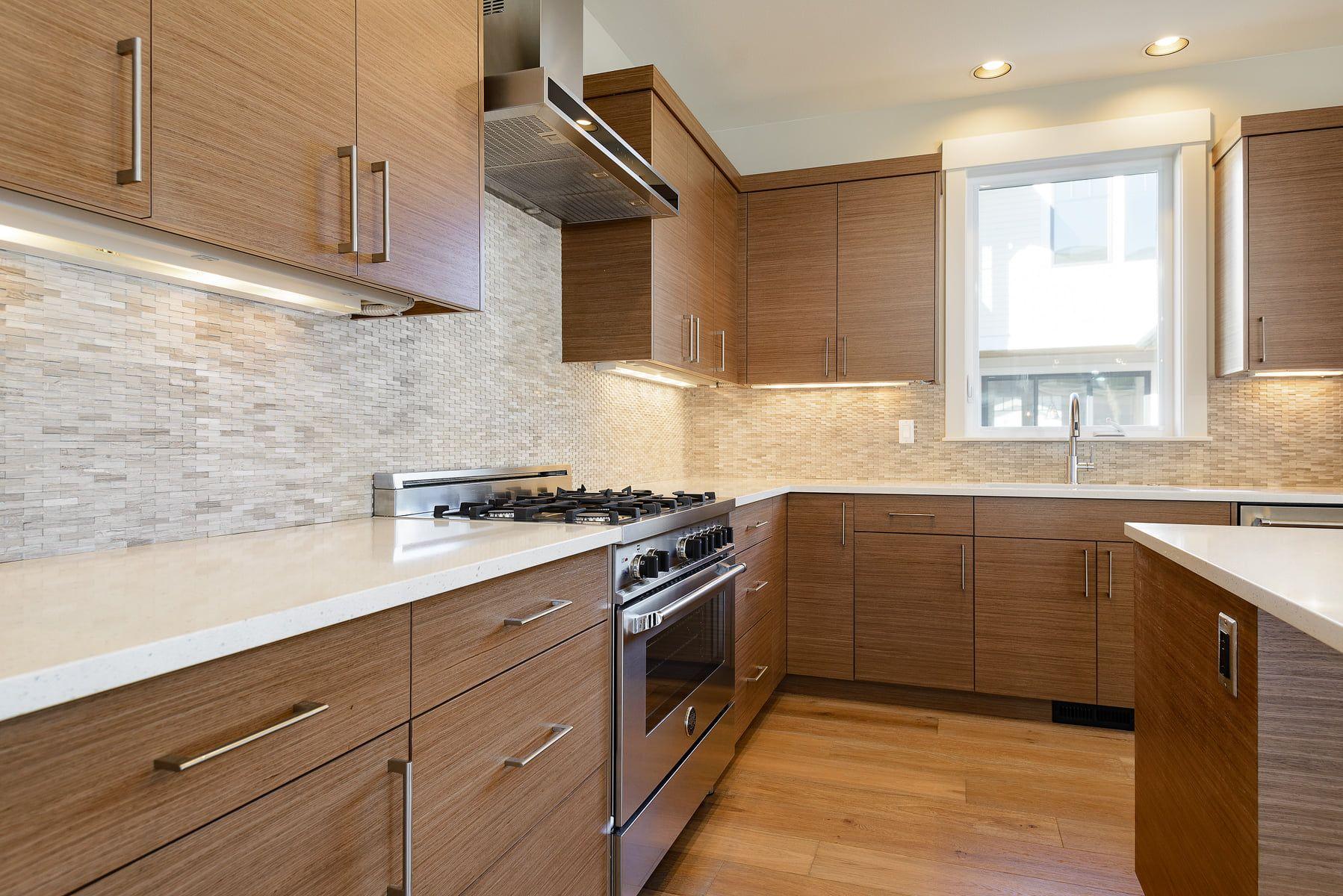 Kitchen Cabinets In 2020 Kitchen Cabinet Custom Cabinets