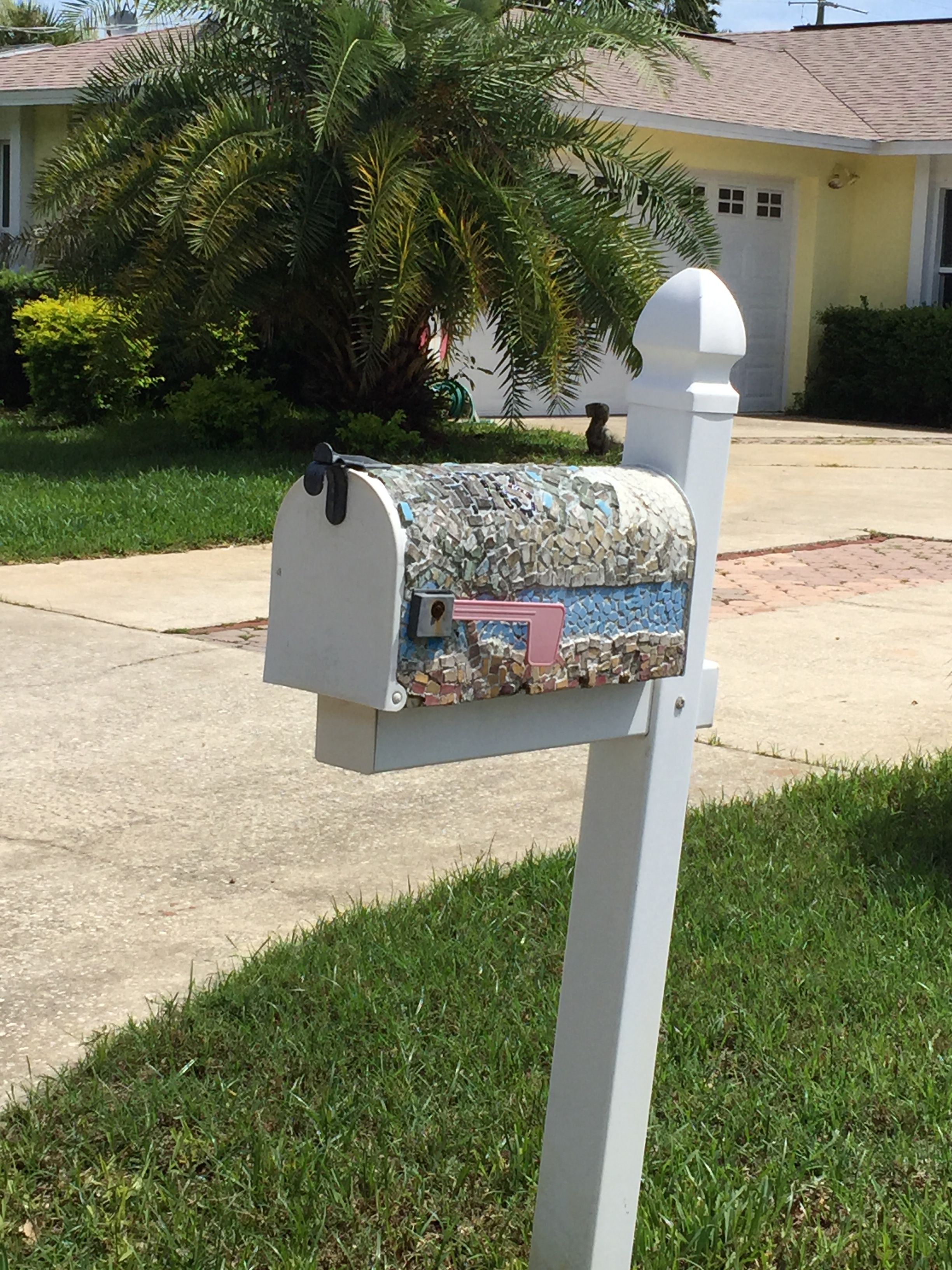 Pin By Rhonda On Creative Mailboxes Mailbox Letter Box Decor