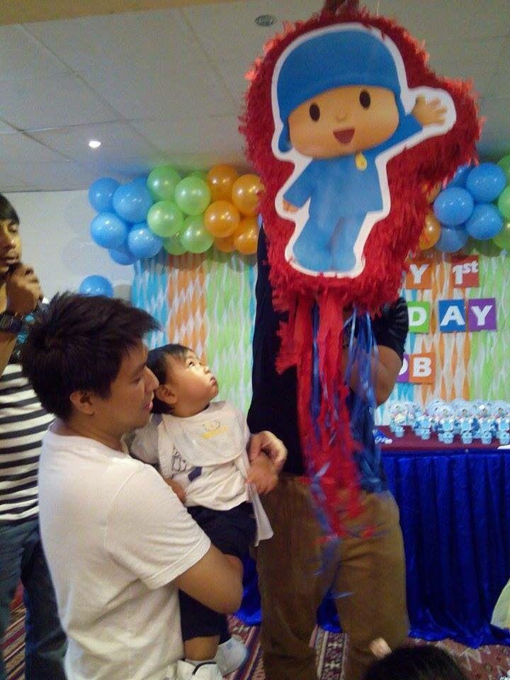 Pocoyo Piñata