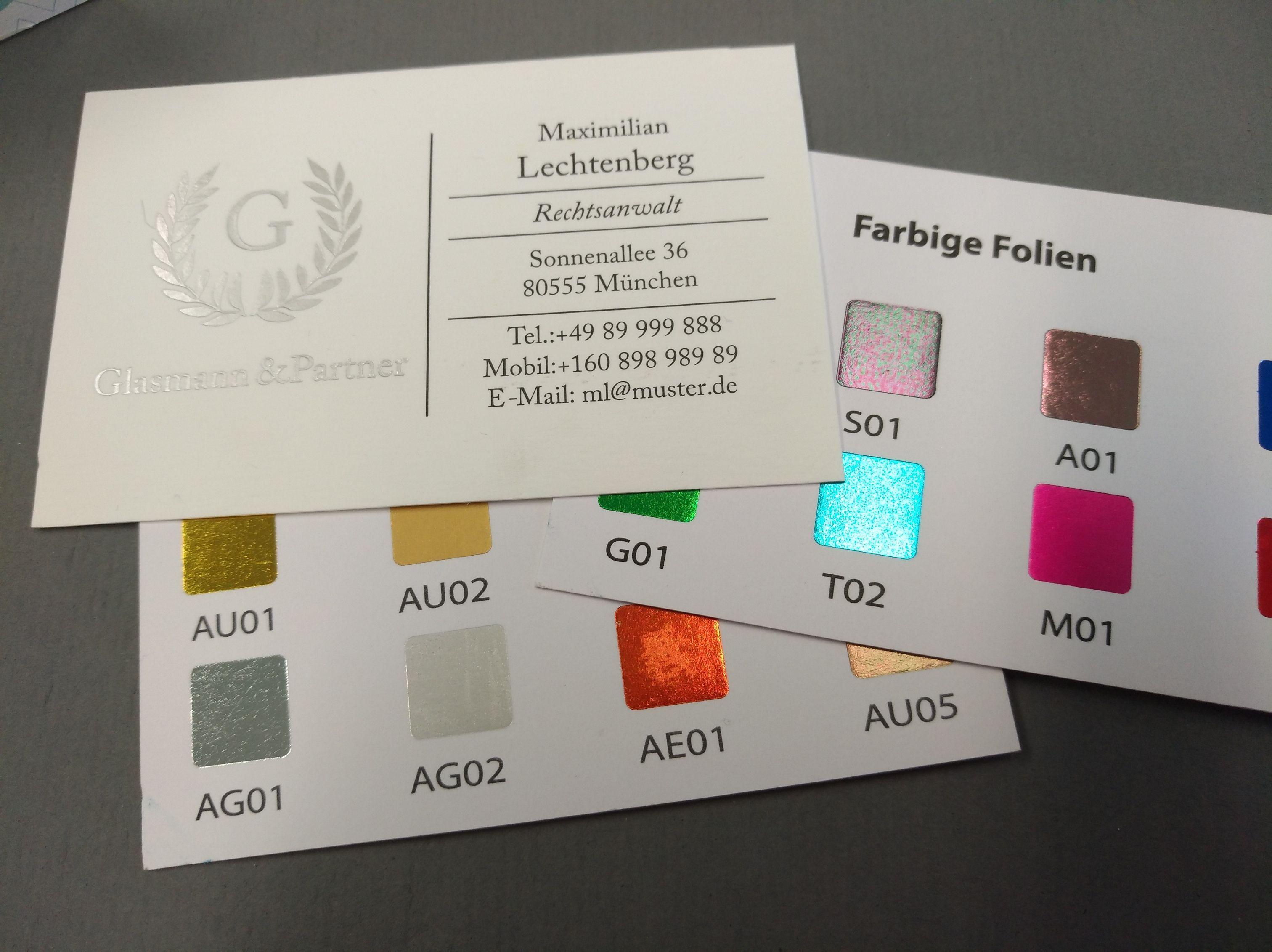 Visitenkarten mit Heißfolienprägung in verschiedenen Farben