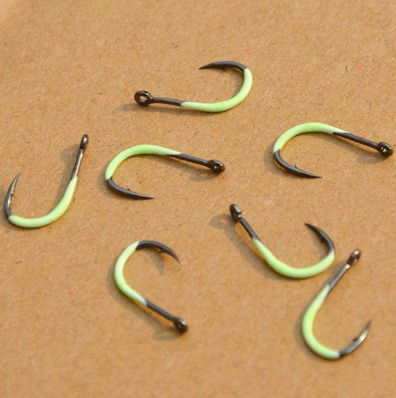 INFOF 50pcs Saltwater Fishing Treble Hooks Crappie Fishhooks Bass Fishing Tackle