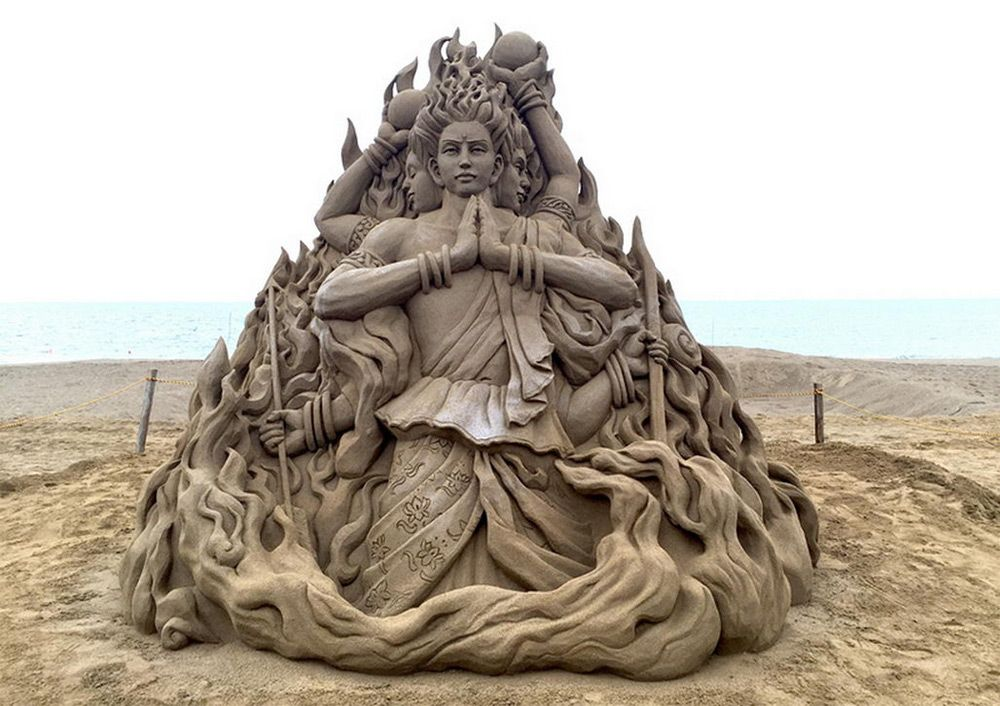 The Incredible Sand Sculptures of Toshihiko Hosaka | Colossal
