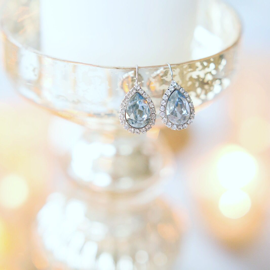 https://instagram.com/p/BAiqREXQNa5/ The perfect touch of sparkle !  Photo Denise Lin Jewellery Jeweliette Jewellery