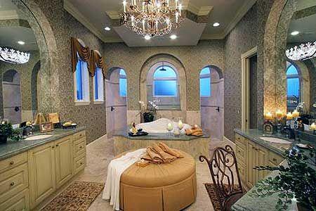 Plan W66019WE: Gracious Courtyard Design (shower behind bathtub)