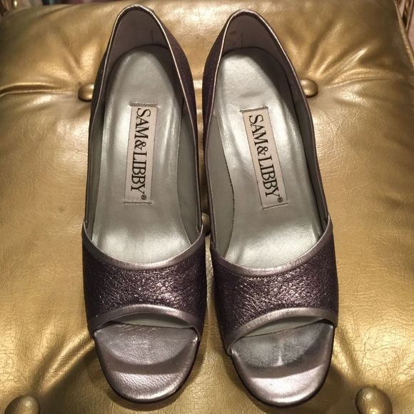 "SALE Silver pumps REDUCED Gorgeous silver pumps, I found hidden in my closet  heel 3"", 9"" long Sam & Libby Shoes Heels"