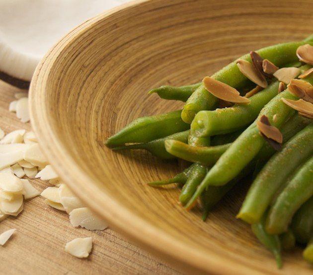 Paleo Thanksgiving Coconut Green Beans