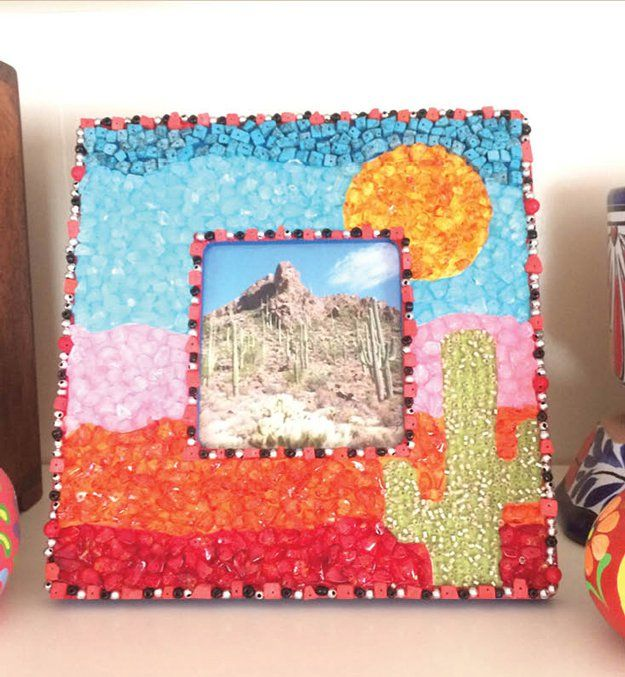 Cute diy projects for teen girl bedroom mosaic frame by for Cute easy diy bedroom ideas