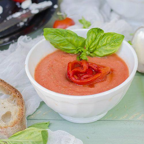 Zuppa fredda di pomodoro e peperoni – ricette light – Melarossa