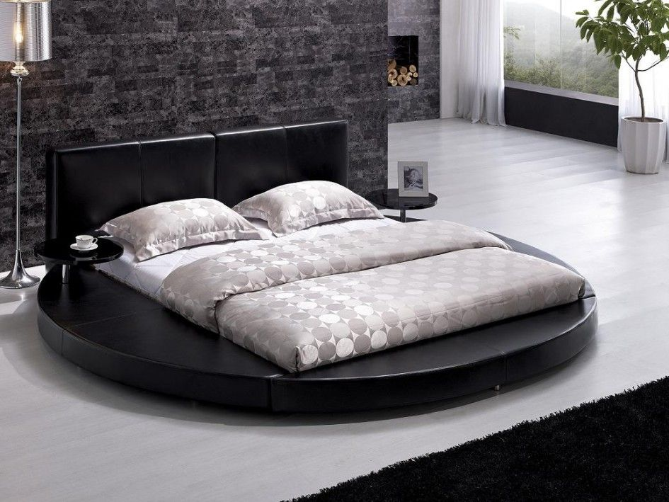 Bedroom Unique Round Wooden Bed Frame Design With Circle Cover Bed Pattern And Stainless Steel Standing Lamp Picking