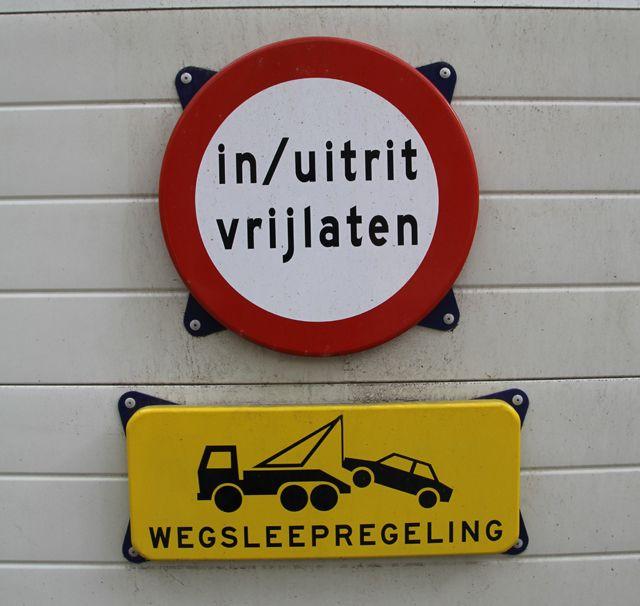 Old, Dutch signs. 6a011570601a80970b015392333697970b-pi (640×606)