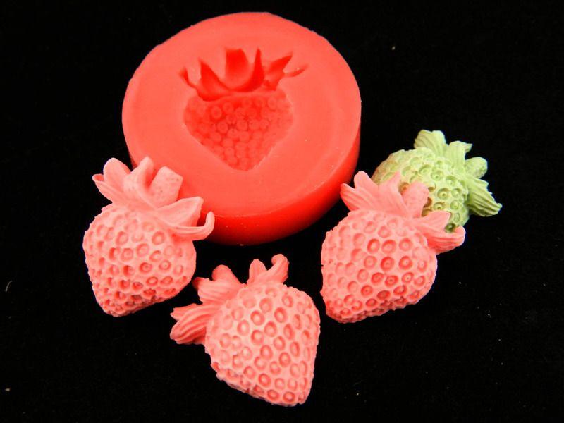 Silikonform Erdbeere von Luflom-Design auf DaWanda.com