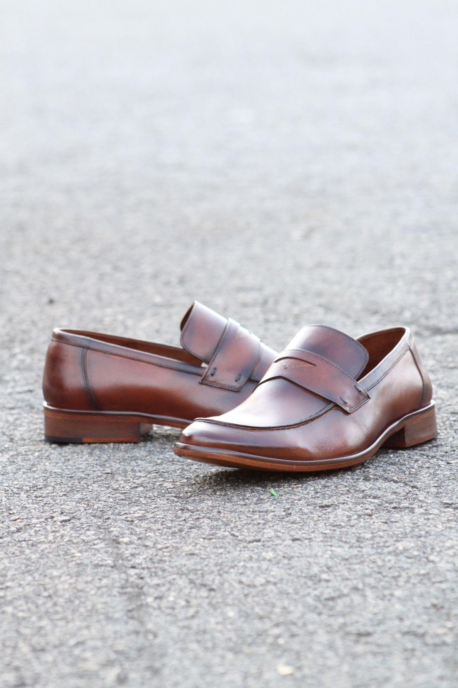 99b8109f13 Sapato Masculino Loafer CNS Jack em couro cor Damasco com sola de couro e  forro de couro. #cns #cnsmais #masculina #loafer #mocassim #couro #leather # shoes ...