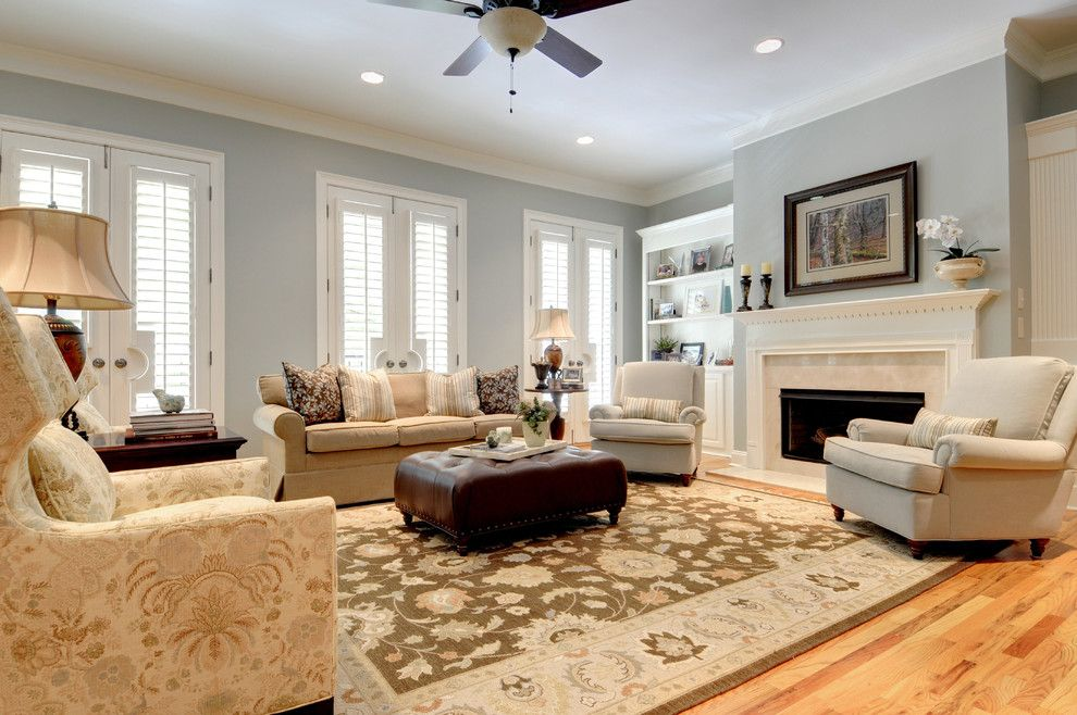 Classic Traditional Town Home St Davids Sq   Traditional   Living Room    Atlanta   Pat Shankle
