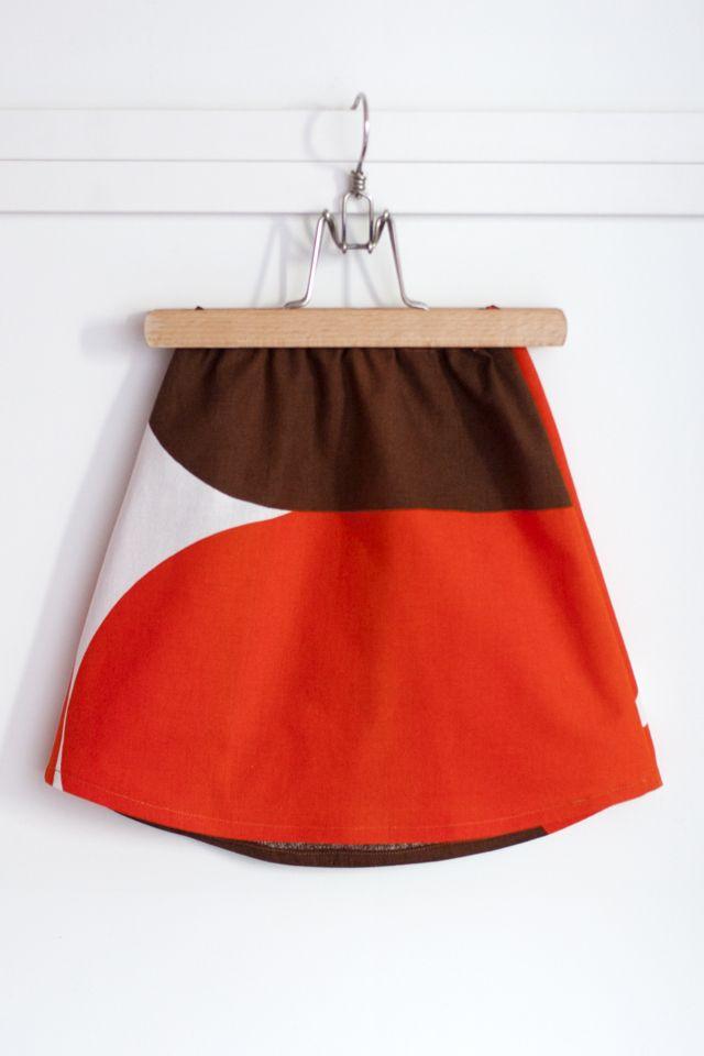 sew simple skirts with vintage fabrics // UKKONOOA: Hamosia