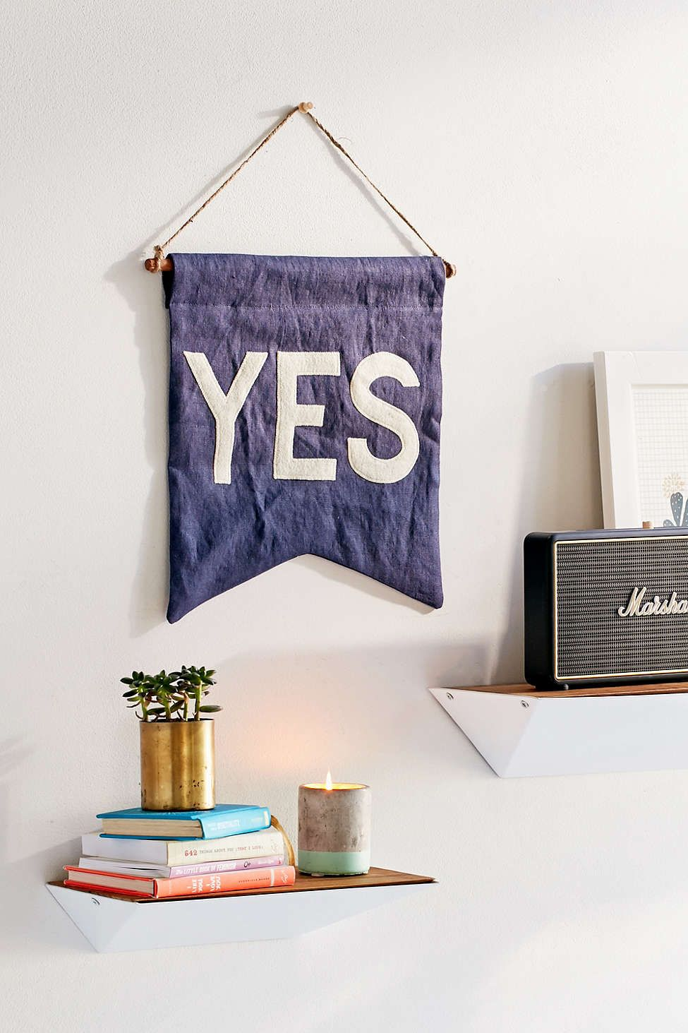 Yes banner urban outfitters objet deco objets