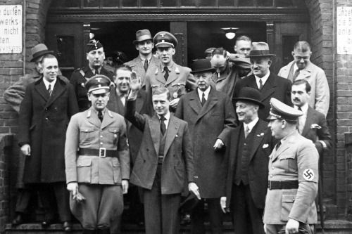 Edward VIII, Prince of Wales and the Duke of... - Historical Times