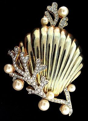 Vintage Large Under the Sea Seashell Coral Rhinestone Faux Pearl Brooch.