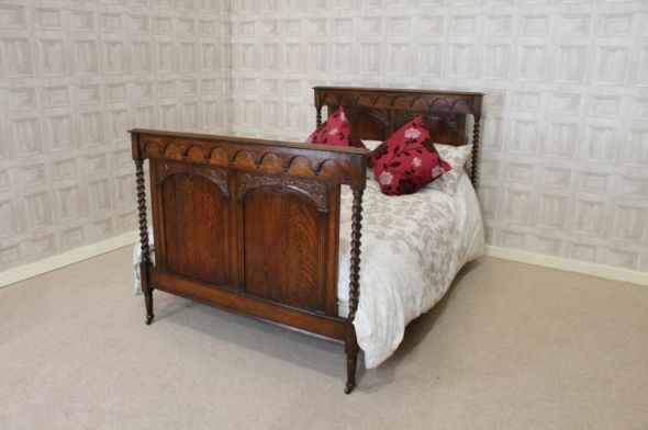 This barley twist bed is an elegant piece of Edwardian bedroom
