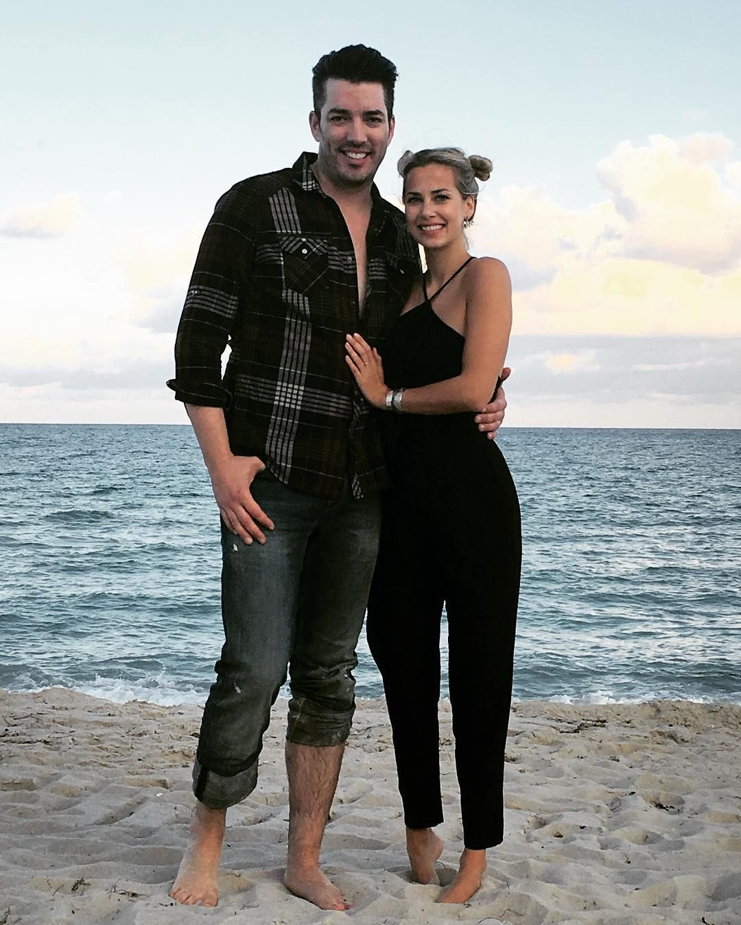 Everything We Know About Property Brother Jonathan Scott S New Girlfriend Homens Irmaos A Obra Irmaos