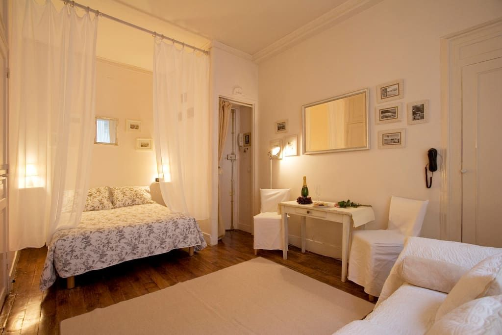 Apartment in Paris, France. The studio is located halfway Rue de Saint Louis en L'Ile, in the absolute center of Paris.   Close to attractions and yet quiet.   It is on the second French floor walk up opening to the courtyard. It has all amenities for your unforgettable stay...