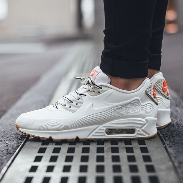 finest selection e34da fc99d ... Air Max 90 Tokyo Nike, Air Max 90, Tokyo Harajuku Cake Vt Qs · zoom A new  bright iteration of the popular Nike Air Max 90 is presented above ...