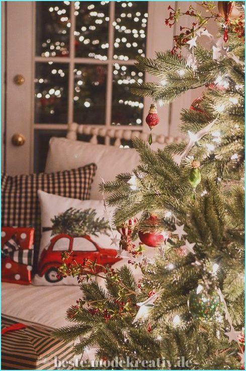 Großartig 35+ Fantastische Ideen für Weihnachtsbeleuchtung Dekorationen, um Ihr Zuhause aufzu... #trucsdenoël