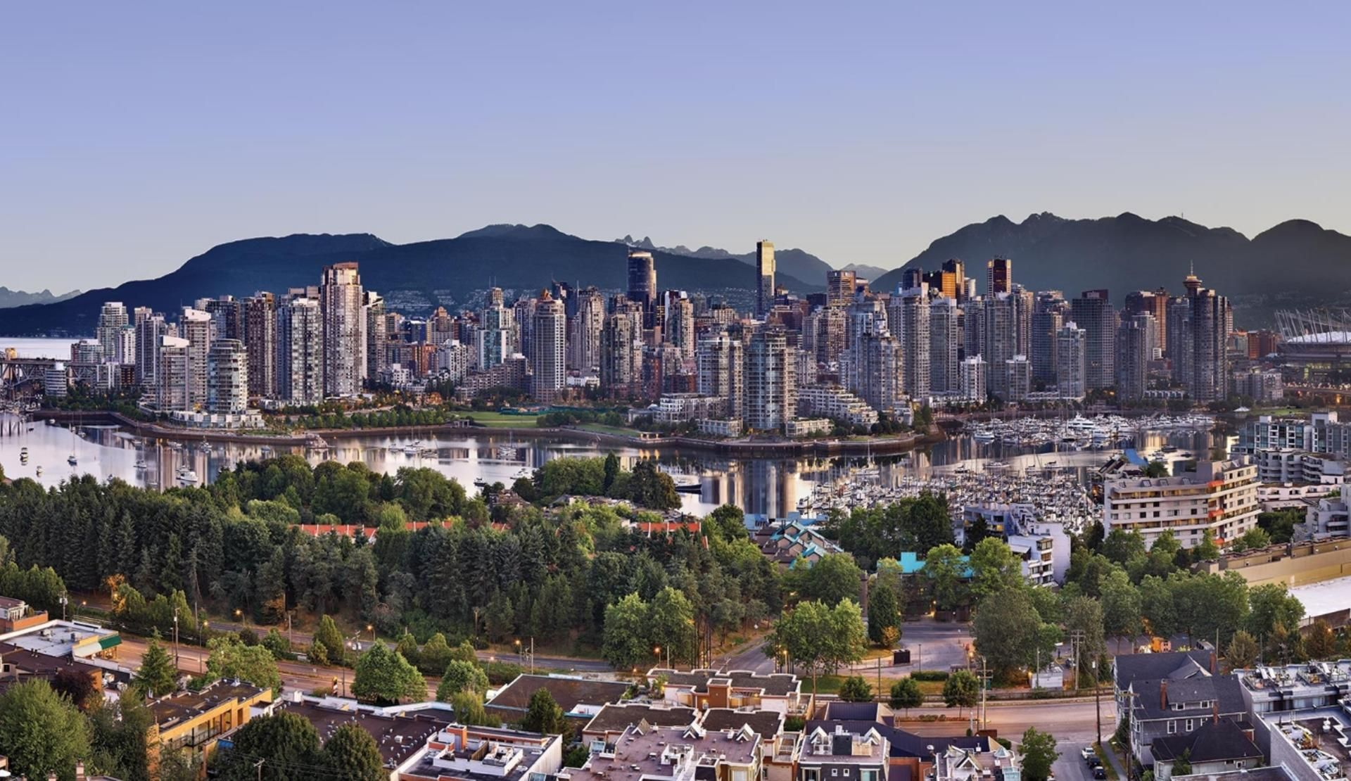 Vancouver hotels, restaurants, things to do, events
