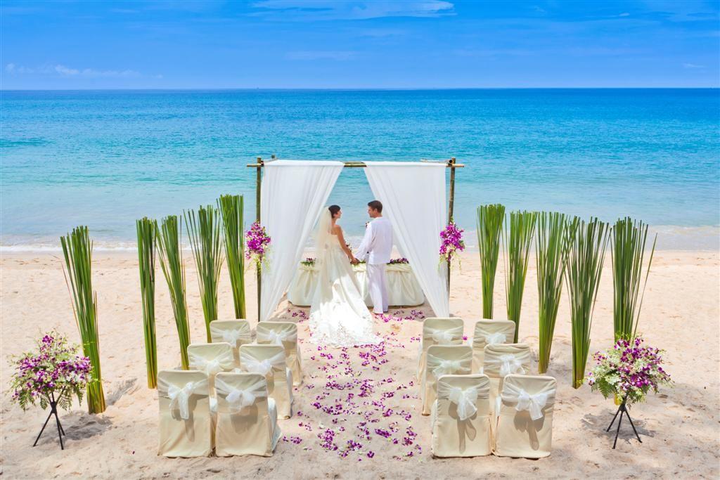 Beach Wedding Ceremony Decorations: Beach Wedding Ceremony Decoration At Banyan Tree Phuket