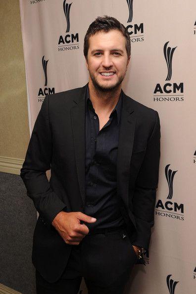 Luke Bryan !!
