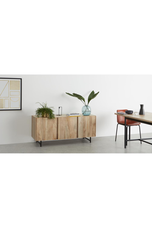 Aphra Sideboard, helles Mangoholz und Schwarz