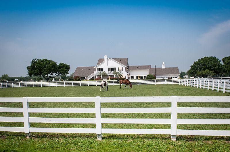 можно ознакомиться фото техасского ранчо жду звонка, как