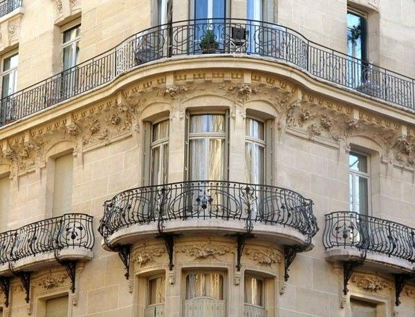 oval railings for balconies