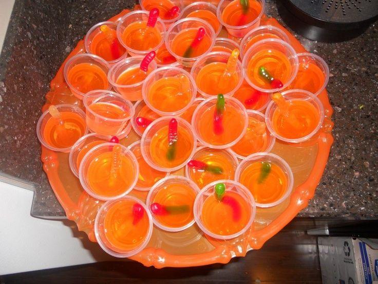 halloween jello shots Halloween Jello Shots with Vodka-Soaked - fun halloween party ideas