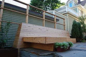 Cantilevered Bench with Steel Mesh Trellis